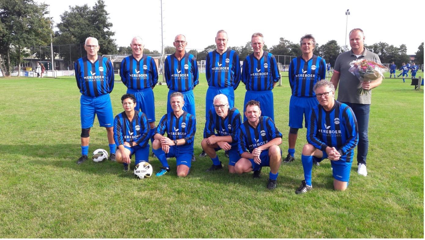 Mereboer Uitvaartzorg sponsort Walking Footballers v.v. Succes